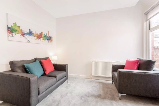 Thumbnail Flat to rent in Valencia Road (M), Barton, Salford