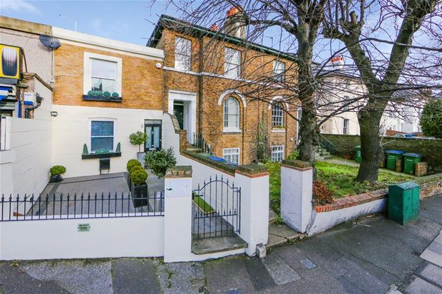 Thumbnail Terraced house to rent in Shooters Hill Road, London