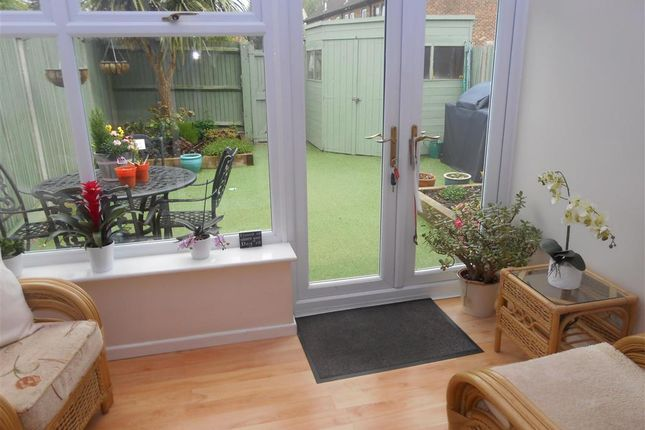 Thumbnail Terraced house for sale in Farmers Close, Leeds, Maidstone, Kent