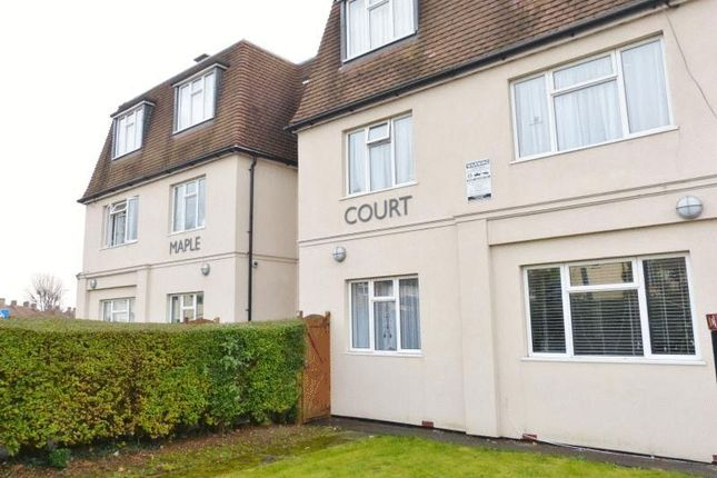 Thumbnail Flat to rent in Cambridge Road, Norbiton, Kingston Upon Thames