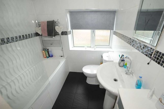 Bathroom of Lords Street, Cadishead, Manchester M44