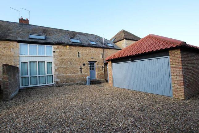 Thumbnail Barn conversion to rent in Grove Lane, Longthorpe