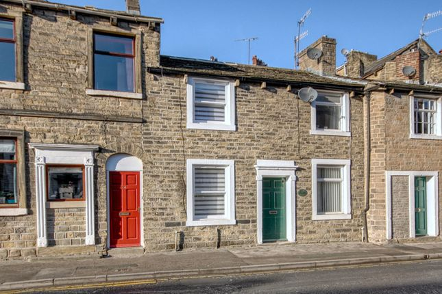 Thumbnail Terraced house for sale in Water Street, Skipton