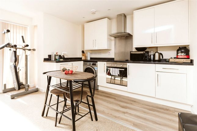 Thumbnail Flat to rent in Royal Victoria Court, Royal Victoria Park, Bristol