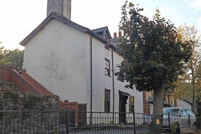 5 bed town house for sale in High Street, Llanfyllin, Powys