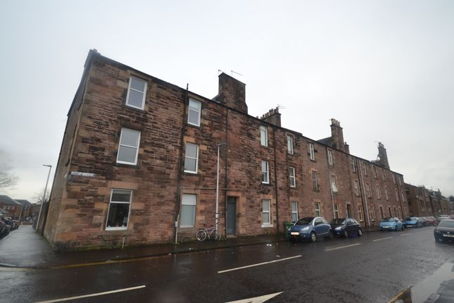 Thumbnail Flat to rent in James Street, Stirling