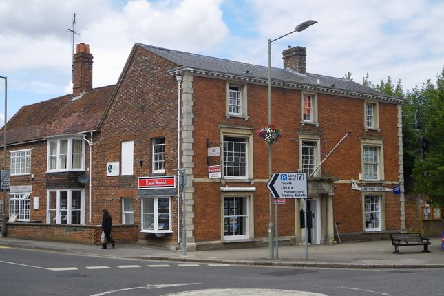 Office to let in 19 High Street, Hungerford