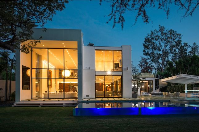 Thumbnail Property for sale in Summit Dr, Beverly Hills, Ca 90210, Usa