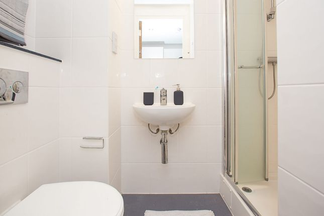 1 bedroom flat for sale in Fully Managed Leicester Buy To Let, Leicester, 7Dp, Leicester