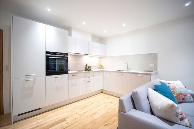 Thumbnail Flat for sale in Ladywell Avenue, Edinburgh