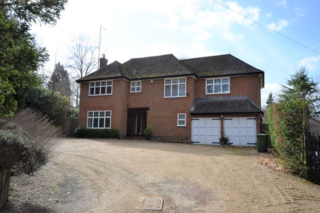 Thumbnail Detached house to rent in Burtons Lane, Chalfont St. Giles