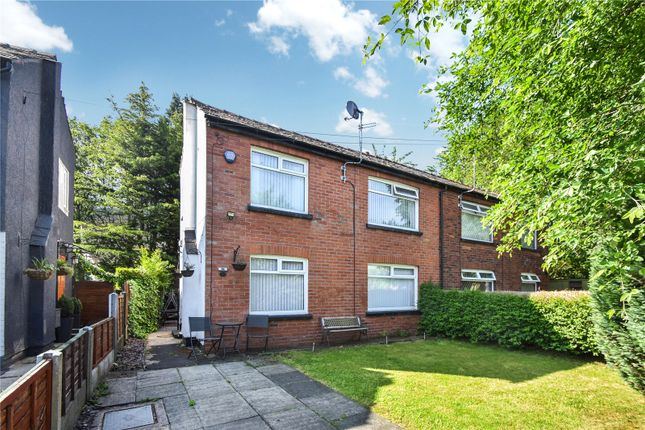 Picture No. 10 of Philips Park Road East, Whitefield, Manchester, Greater Manchester M45