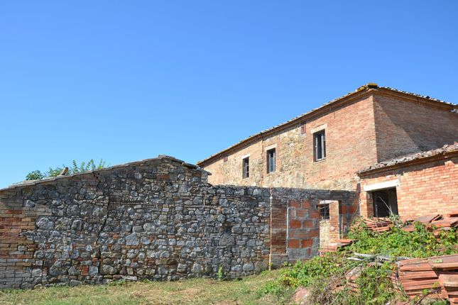 3 bed country house for sale in Val D'orcia, San Quirico D'orcia, Siena, Tuscany, Italy