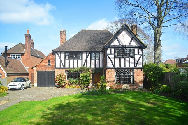 Thumbnail Detached house for sale in Hawthorne Road, Bickley, Bromley