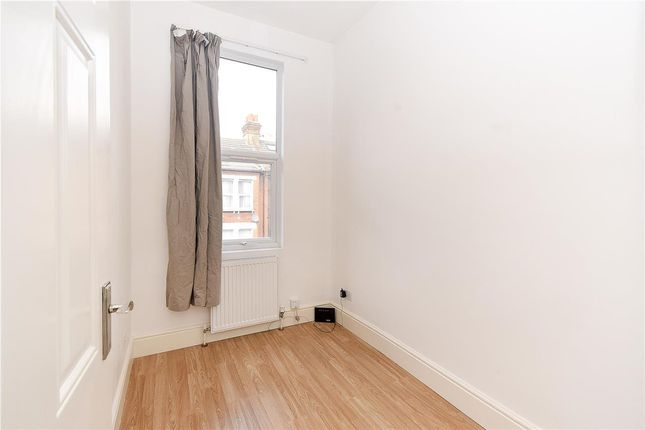 Bedroom 3 of Glasford Street, London SW17