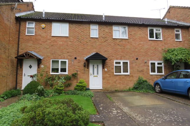 Thumbnail Property to rent in Fulham Close, Crawley