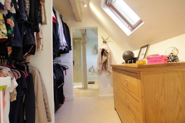 Dressing Room of Aldworth Road, Upper Basildon, Reading RG8