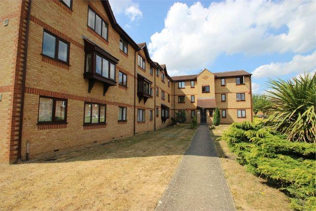Thumbnail Flat to rent in Lowestoft Drive, Burnham Gate, Burnham, Berkshire