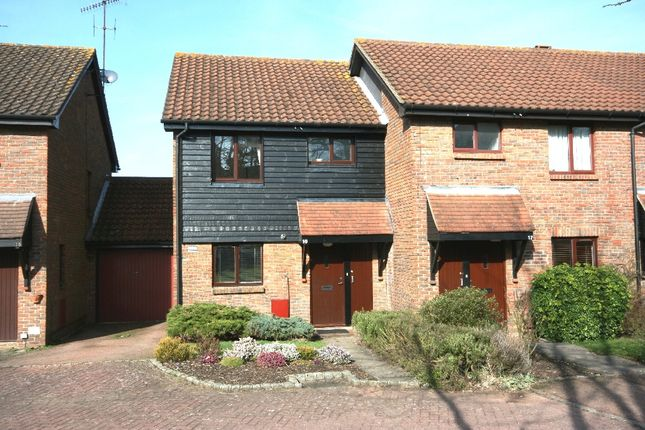 Thumbnail Semi-detached house to rent in Padbrook, Oxted, Surrey