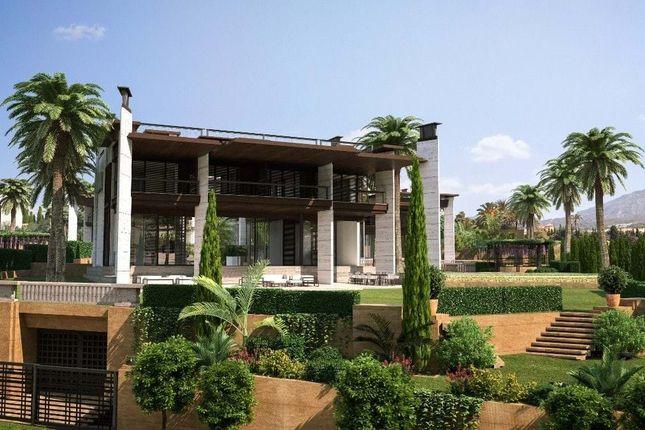 Thumbnail Villa for sale in Puerto Banús, 29660 Marbella, Málaga, Spain
