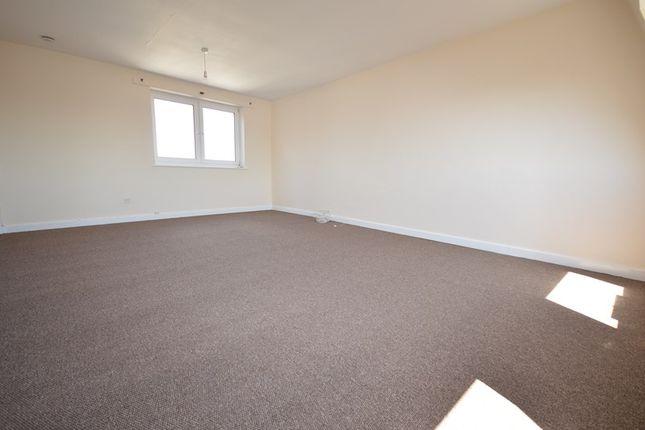 Living Area of High Street, Lymington SO41