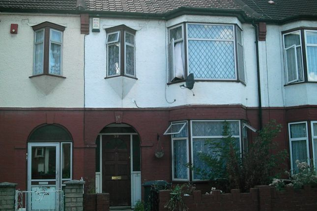 Room to rent in Rochdale Road, Walthamstow