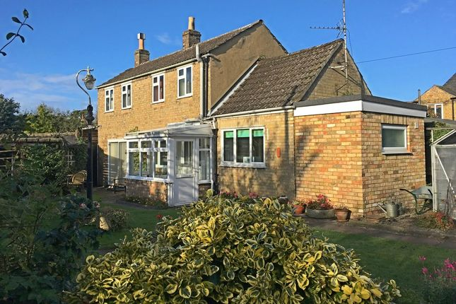 Thumbnail Detached house for sale in London Street, Godmanchester