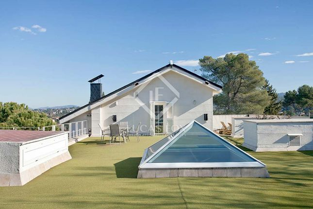 Thumbnail Villa for sale in Spain, Barcelona, Sant Cugat, Bcn5743