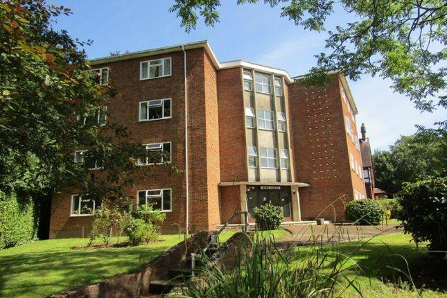 Thumbnail Flat to rent in Winn Road, Southampton