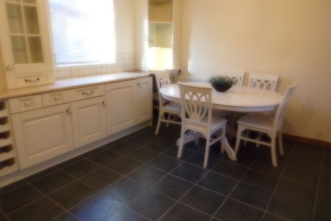 4 bed terraced house for sale in marine terrace blyth for 11 marine terrace