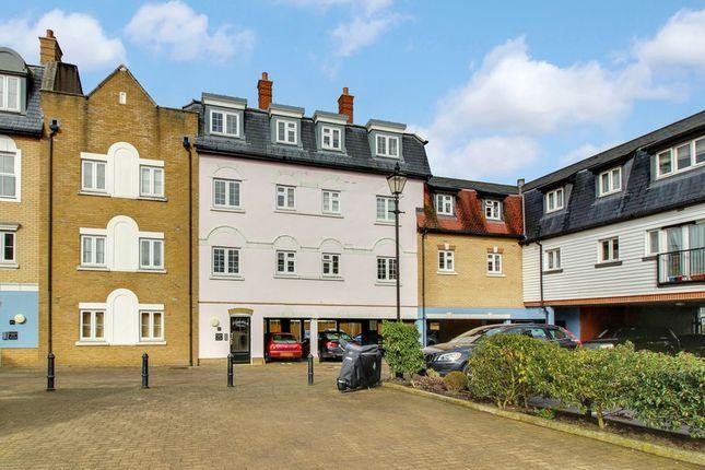 2 bed flat for sale in Rochforte House Roche Close, Rochford-Essex SS4