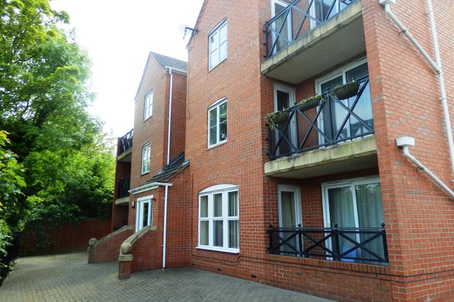 Thumbnail Flat for sale in Penny Hapenny Court, Atherstone
