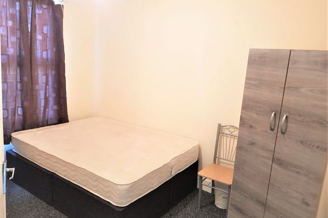 Thumbnail Flat to rent in High Road Leytonstone, Leytonstone