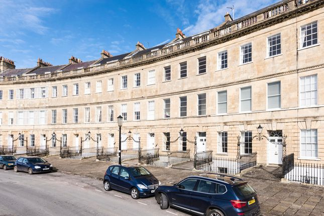 Thumbnail Flat to rent in Lansdown Crescent, Bath