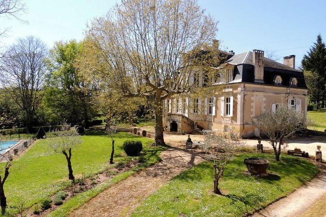 9 bed country house for sale in Perigueux, Aquitaine, 24000, France