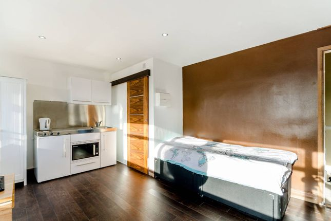 Thumbnail Studio to rent in Linstead Way, West Hill, London