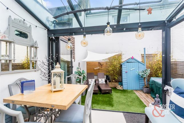 Thumbnail Flat for sale in Portland Road, Hove