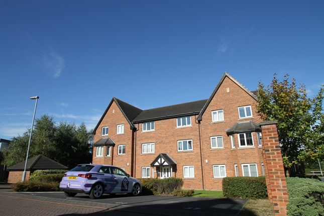 Thumbnail Flat to rent in Pavilion Close, Stanningley, Pudsey