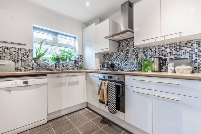 Thumbnail Terraced house to rent in Underhill Road, East Dulwich, London