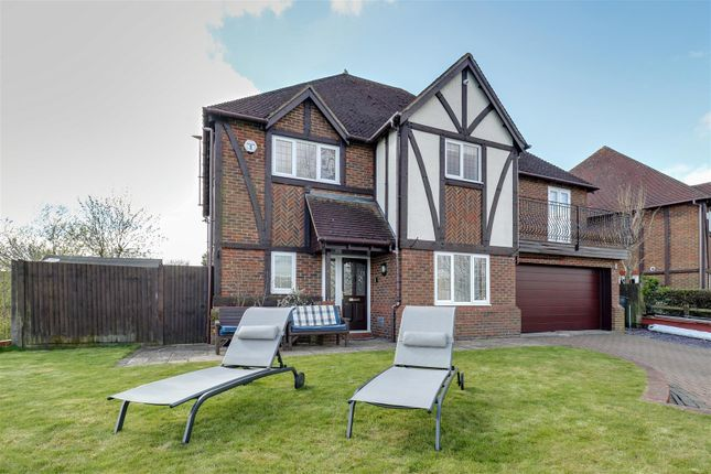 Thumbnail Property for sale in Luxborough Grove, Furzton, Milton Keynes