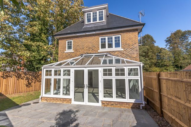 Thumbnail Detached house for sale in Queens Road, Weybridge