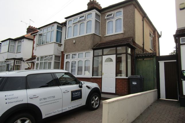 Thumbnail Semi-detached house to rent in Inwood Road, Hounslow