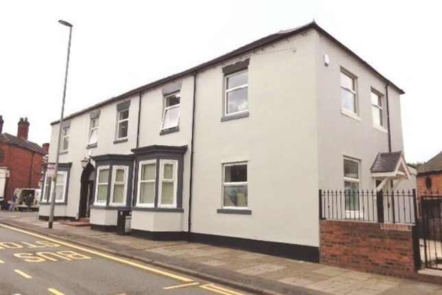 Thumbnail Flat to rent in Victoria Road, Fenton, Stoke-On-Trent
