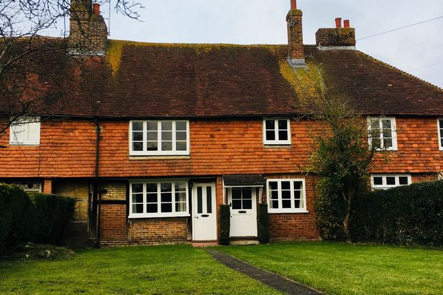 Thumbnail Cottage to rent in Plaistow Street, Lingfield