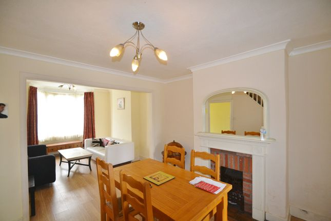 2 bed terraced house to rent in Elmar Road, Seven Sisters