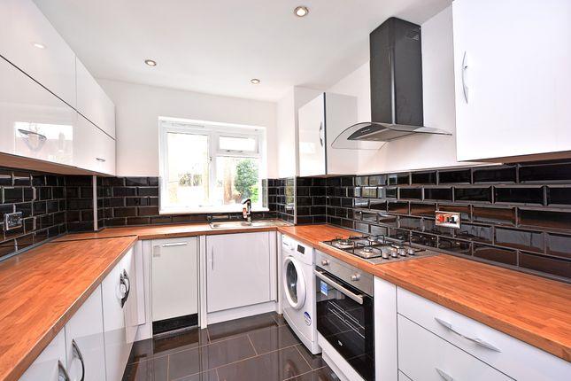 Kitchen of Banbury Road, Hackney E9