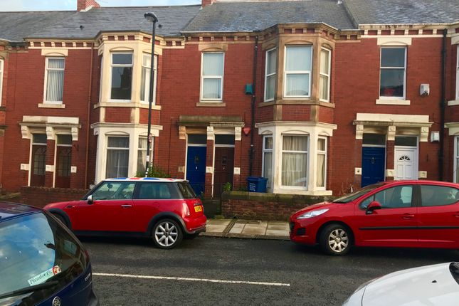 Thumbnail Flat to rent in Biddlestone Road, Newcastle Upon Tyne