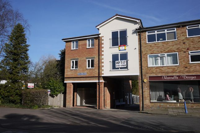 Flat to rent in Station Road, Cuffley, Potters Bar