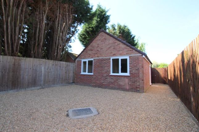 Thumbnail Detached bungalow to rent in Church Street, Holme
