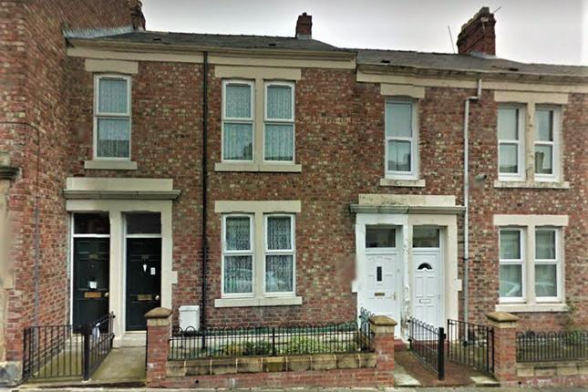 Thumbnail Flat for sale in Windsor Avenue, Gateshead, Tyne And Wear